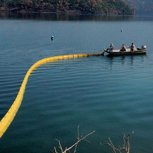 Phao quây dầu NewPig BOM301 - Quây chặn dầu tràn trên hồ, sông, biển