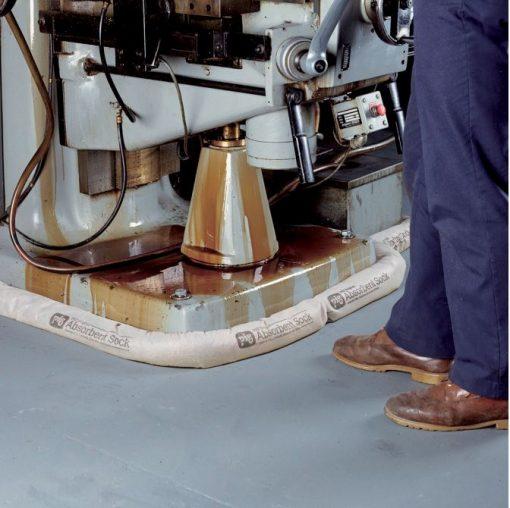 Sock thấm đa năng NewPig - Quây các ủ máy để hấp thu các chất lỏng máy rò rỉ