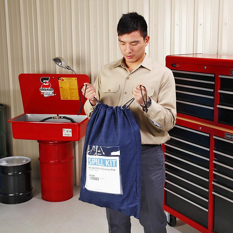 Không phải mọi bộ kit ứng phó sự cố tràn sẽ chứa PPE